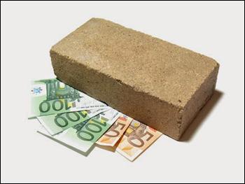 Nascondere i risparmi a casa diventa reato - Prostituirsi in casa e reato ...